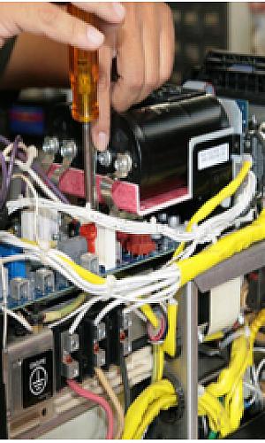 Conserto de máquina de solda