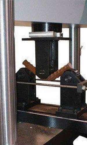 Laboratório de ensaios químicos e mecânicos