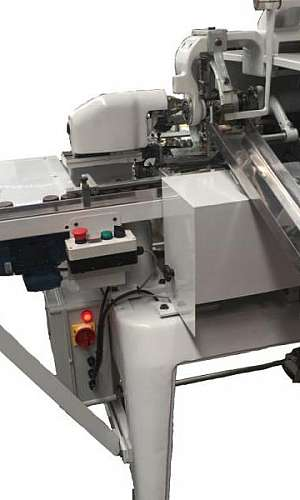 Manutenção em máquina embaladora