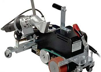 Máquina automática para soldar lonas