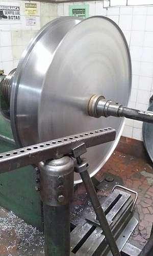 Metalúrgica de repuxo