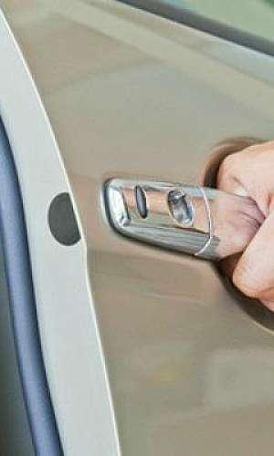 regulagem de portas para carro blindagem