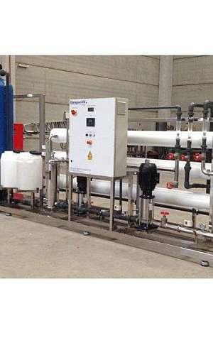 Tratamento de água por osmose reversa